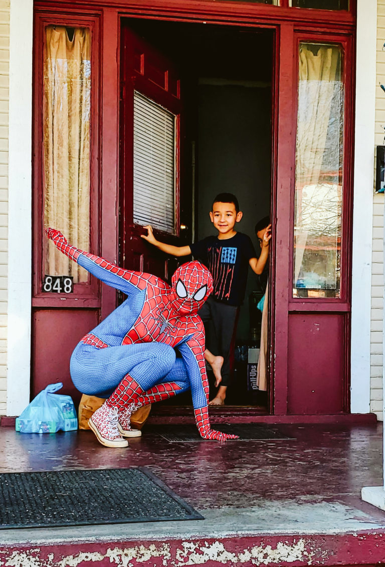 Spiderman Deliveries-10
