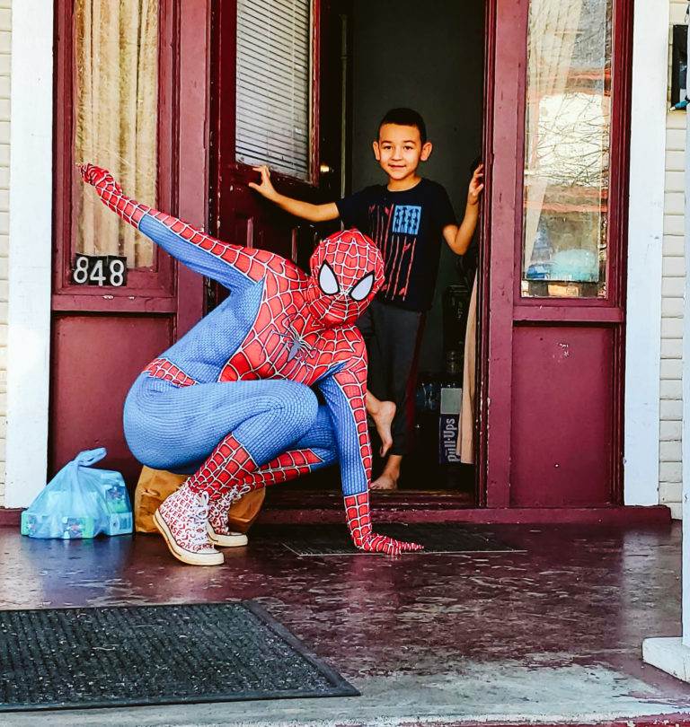 Spiderman Deliveries-11