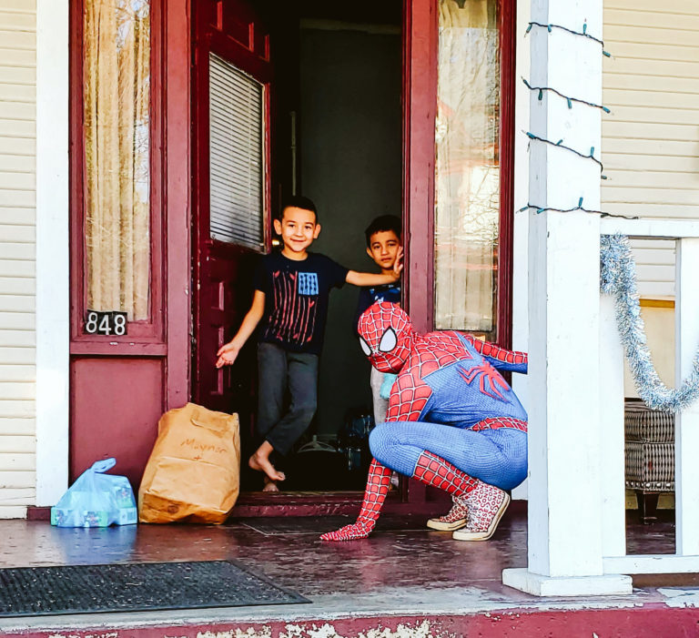Spiderman Deliveries-12