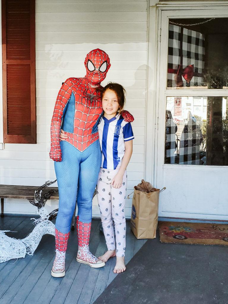 Spiderman Deliveries-13